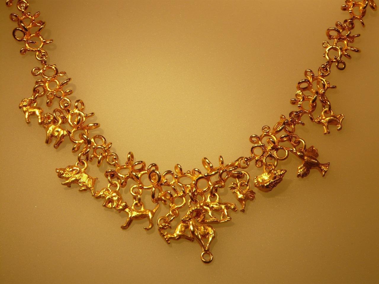 תכשיט זהב